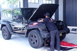 servis mobil jeep panggilan 24 jam
